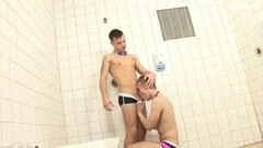British mature Red fingers her pussy in the car again Thumb