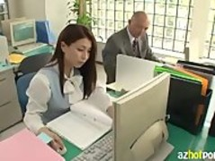 AzHotPorn.com - Making Hardcore Love In The Office Thumb