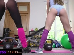 Fitness Rooms Cock hungry Italian and Czech girls threesome with muscle man Thumb