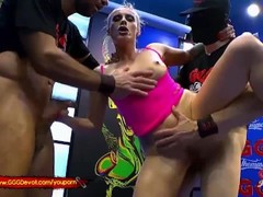 Fisting and Squirting in a Pissing Gangbang For MILF Brittany Bardot Thumb